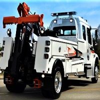 Towing Services - Heavy Duty Tow Truck